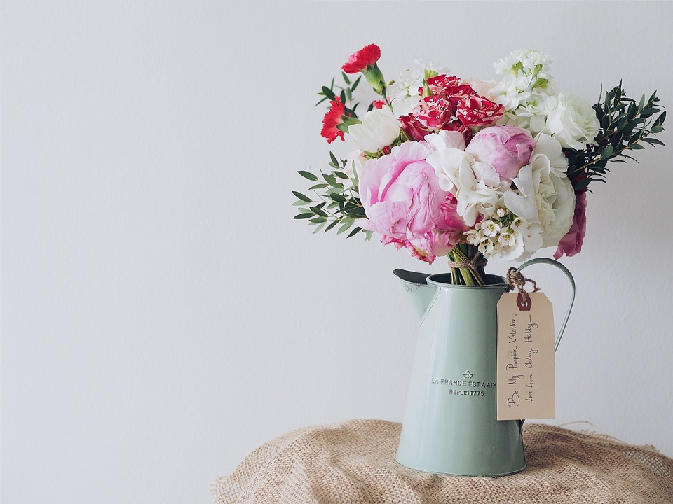 Bouquet Of Flowers, Table Setting, Bouquet, Table